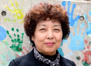 介護から子育て支援まで、年間4000件あまりの相談を受ける地域団体「さわやか港南」代表の川辺裕子さん