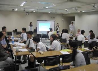 事業指定プログラム「エラベル」登録団体の1つに選ばれた4団体のうちの1つ「NPO法人フェアスタート」の高校生向けの企業説明会。