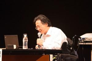 認定NPO法人DPIインターナショナル尾上浩二さんが「障害者差別解消法〜合理的配慮と建設的対話」について基調講演した。